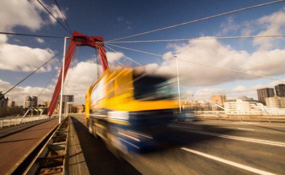 transporteur-marchandises-347